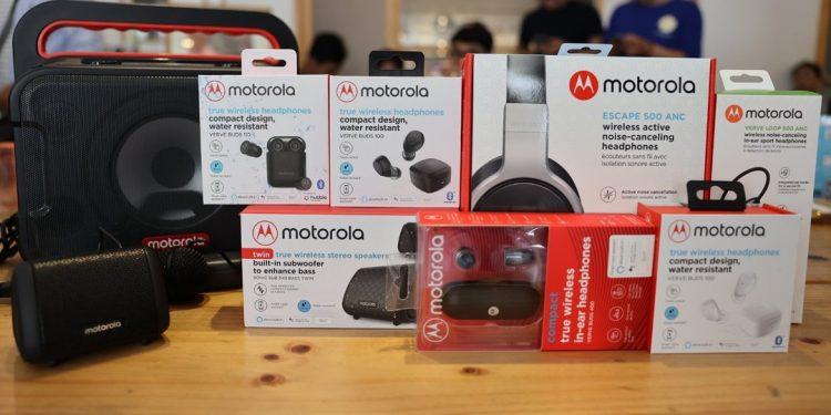 Motorola kết hợp cùng Binatone ra mắt loạt tai nghe không dây